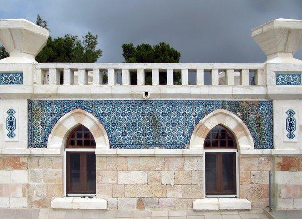 בית ג'לאט, המפורסם בעיטורי הקרמיקה שלו | צילום: Tamarah, CC-BY-SA