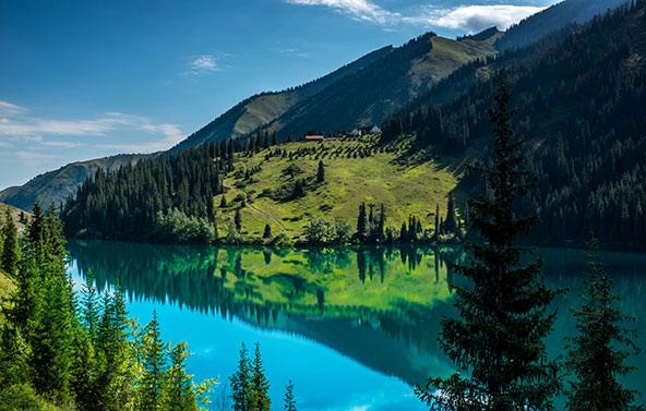 קזחסטן. לדבר על החיים, לא על נופים מטורפים | ציום: לונלי פלג