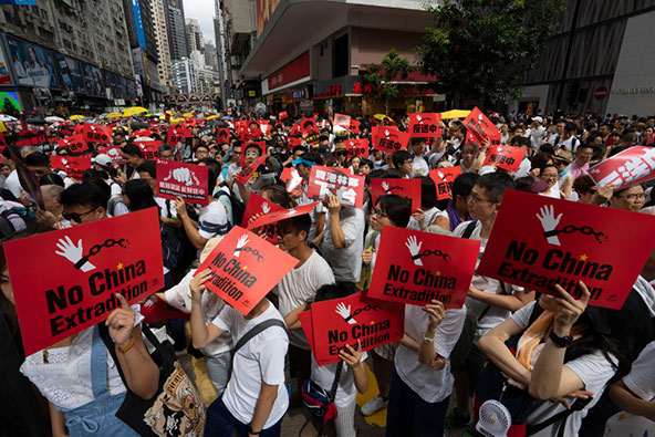 ההפגנות בקיץ 2019. הונג קונג ניצבת בצומת דרכים