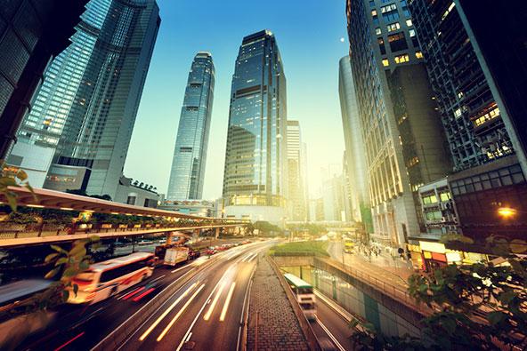 למרות אי הוודאות וחוסר השקט, הונג קונג היא עדיין מרכז עסקים מאורגן ומתוקתק