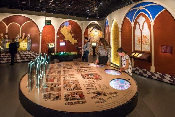 המוזיאון לתולדות יהודי פולין | צילום: Maciej Leszczełowski, באדיבות mediabank.warsawtour.pl