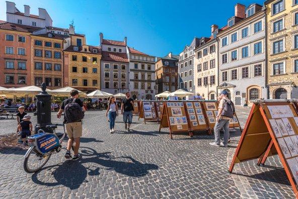 כיכר העיר העתיקה | צילום: Maciej Leszczełowski, באדיבות Warsaw Tourist Office