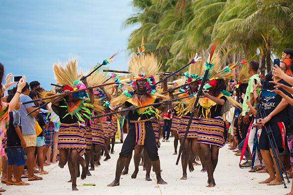 פסטיבל אטי אטיהן, אחד הפסטיבלים הגדולים בפיליפינים