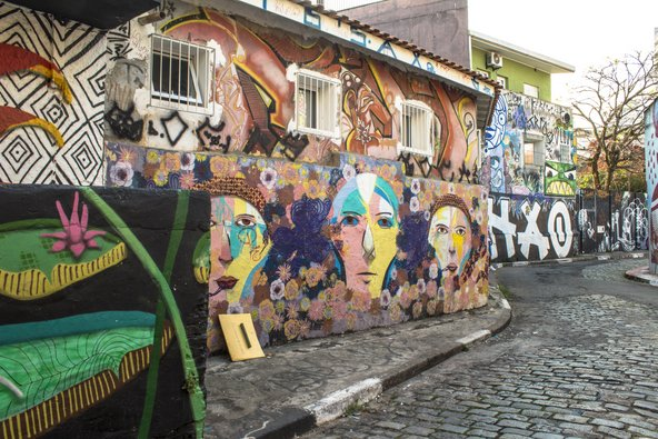 סמטת באטמן, חגיגה לאוהבי אמנות רחוב | צילום: Alf Ribeiro / Shutterstock.com