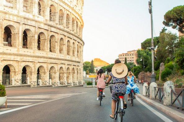 רכיבה על אופניים היא דרך נהדרת להתניידות בעיר
