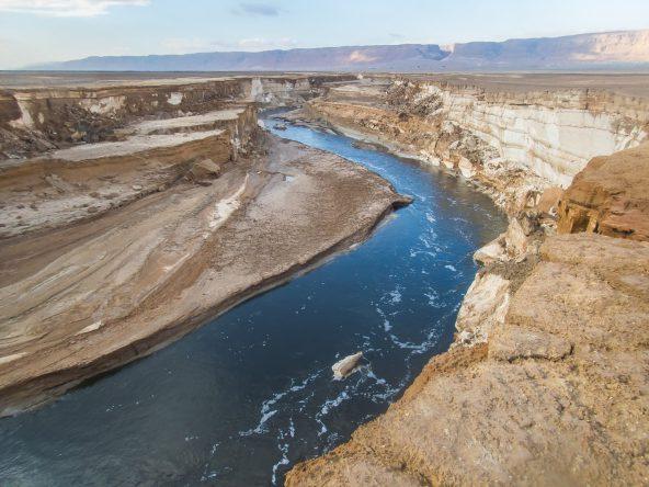 הנהר הסודי בים המלח: שיחה עם ליאור אנמר