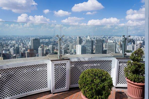 תצפית על סאו פאולו מקומת התצפית של בניין איטליה | צילום: Deni Williams / Shutterstock.com
