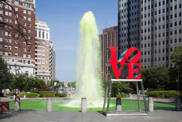 פארק האהבה, מהפופולריים בעיר, זכה לשמו הודות לפסלו של רוברט אינדיאנה