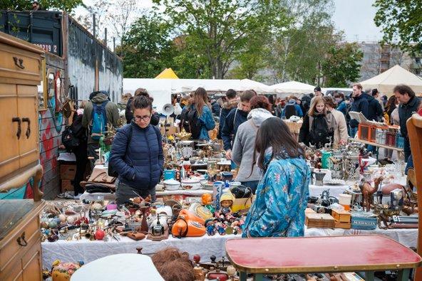 שוק הפשפשים מאוארפארק בפרנצלאואר ברג | צילום: hanohiki / Shutterstock.com