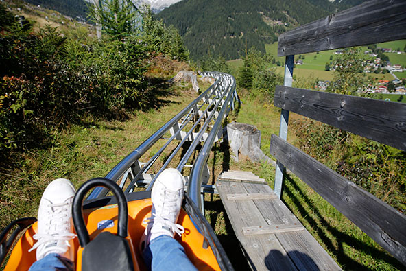 ריגושים בלב הטבע המרהיב: מגלשת הרים בפארק ריטיסברג