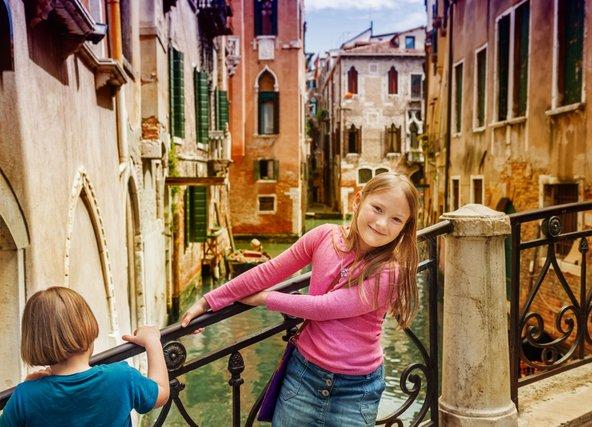 ונציה. כמה כיף לטייל בעיר שבמקום רחובות יש תעלות מים!