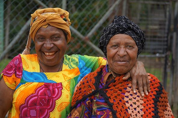 מסע בפפואה ניו גיני: נשים בסבך הזמן