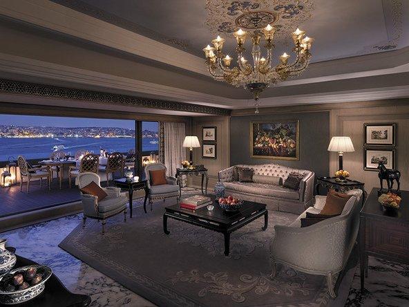 מלון שנגרילה באיסטנבבול. אבזור אלגנטי ותצפית על הבוספורוס