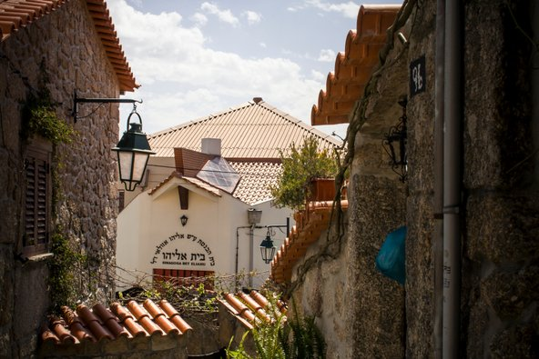 בית הכנסת בעיירת האנוסים בלמונטה | צילום: Lina Balciunaite / Shutterstock.com
