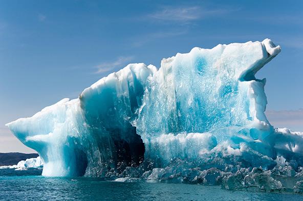 קרחונים צפים במפרץ דיסקו במערב גרינלנד