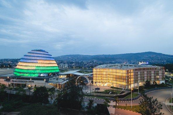 מרכז הכנסים של קיאגלי, מהמבנים המודרניים בעיר | צילום: JS Gordon-Moran / Shutterstock.com
