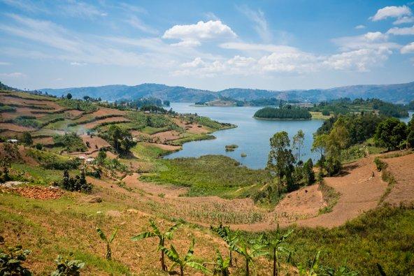 אגם קיוו, מהאגמים הגדולים באפריקה