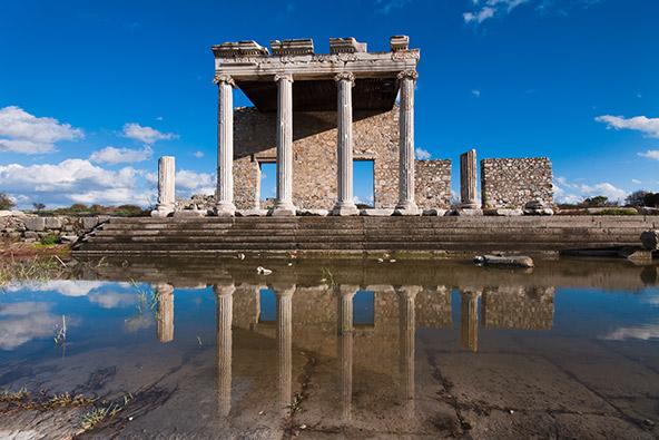 מילטוס, כיום בחוף של תורכיה, ממנה יצאו ראשוני המדע