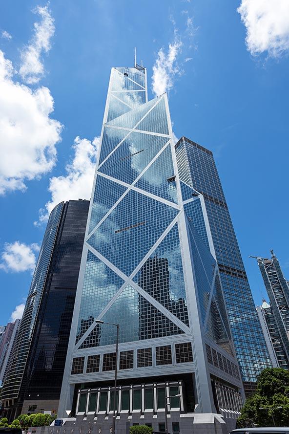 האדריכל, לאו-מינג פאי, דימה את הבניין לצמח במבוק, שמכל מפרק שחט מתפצל ענף חדש