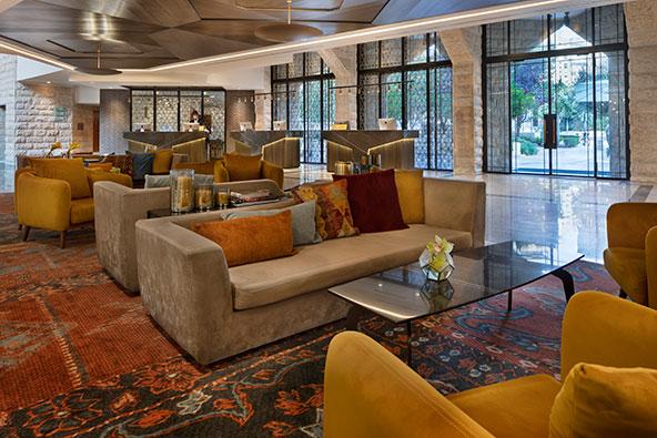 מלון ענבל בירושלים ייפתח ב-18 ביוני, בתקווה שעד אז אפשר יהיה לפתוח את הבריכה והמסעדות | צילום: אסף פינצ'וק