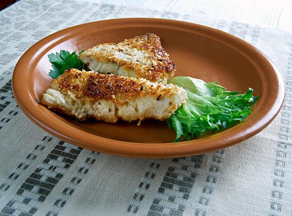 דג מצופה בשבבי קוקוס, מנה מהמטבח של נאורו
