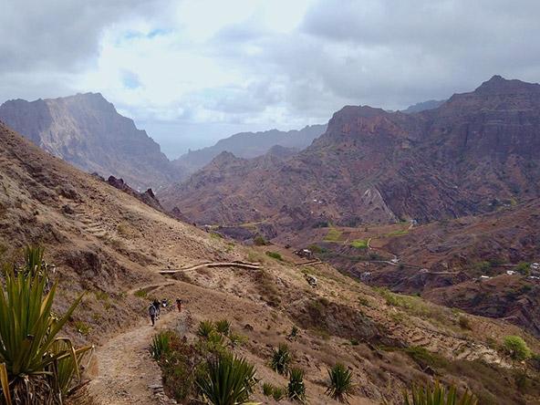 עמקים פוריים בקרקע הגעשית, איי כף ורדה