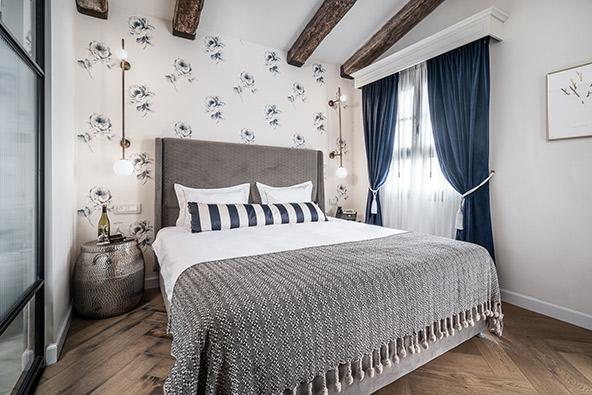 חדר במלון זמארין. כל חדר מעוצב באופן שונה וייחודי | צילום: ליאור שניידר