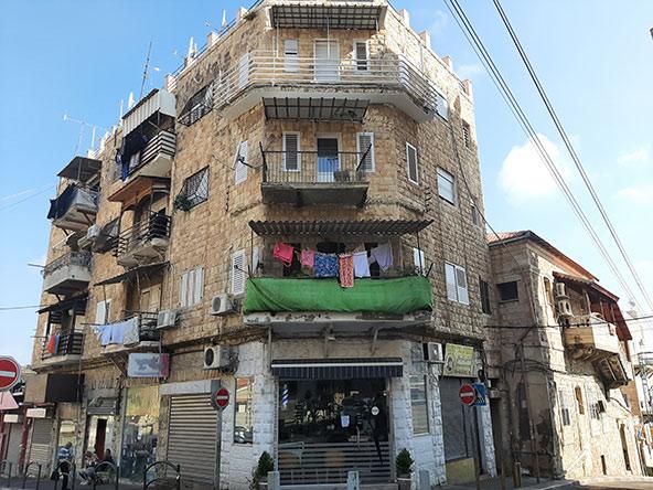 טיול בהדר ובעיר התחתית הוא חגיגה של ממש לאוהבי אדריכלות | צילומים בכתבה: רותם בר כהן