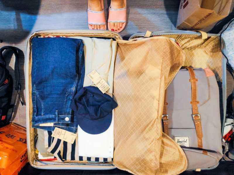 בסוף 2018 השתחרנו מהדירה ביפו ומרוב החפצים שלנו, ארזנו כמה בגדים ואת הלפטופים ויצאנו למסע ללא תאריך חזרה. צילומים: טל נבות בין