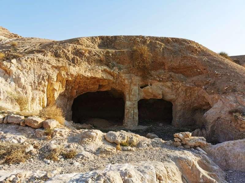 המנהרות המסתוריות באזור מצודת הורקניה