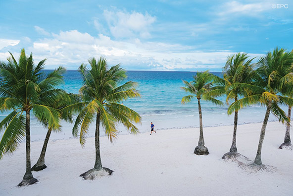 חוף מהאגדות באי בורקאי
