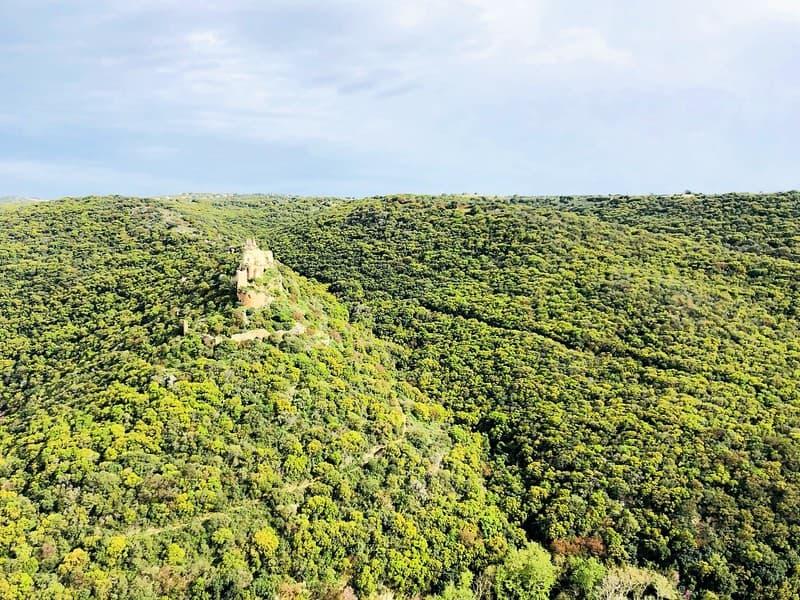 תצפית על מבצר מונפורט מפארק גורן