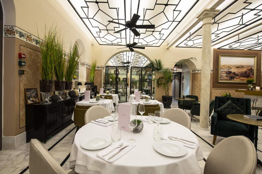 מסעדת ג'ורג' אנד ג'ון במלון דריסקו. ג'ורג' וג'ון היו השמות הפרטיים של האחים דריסקו | צילום: אסף פינצ'וק