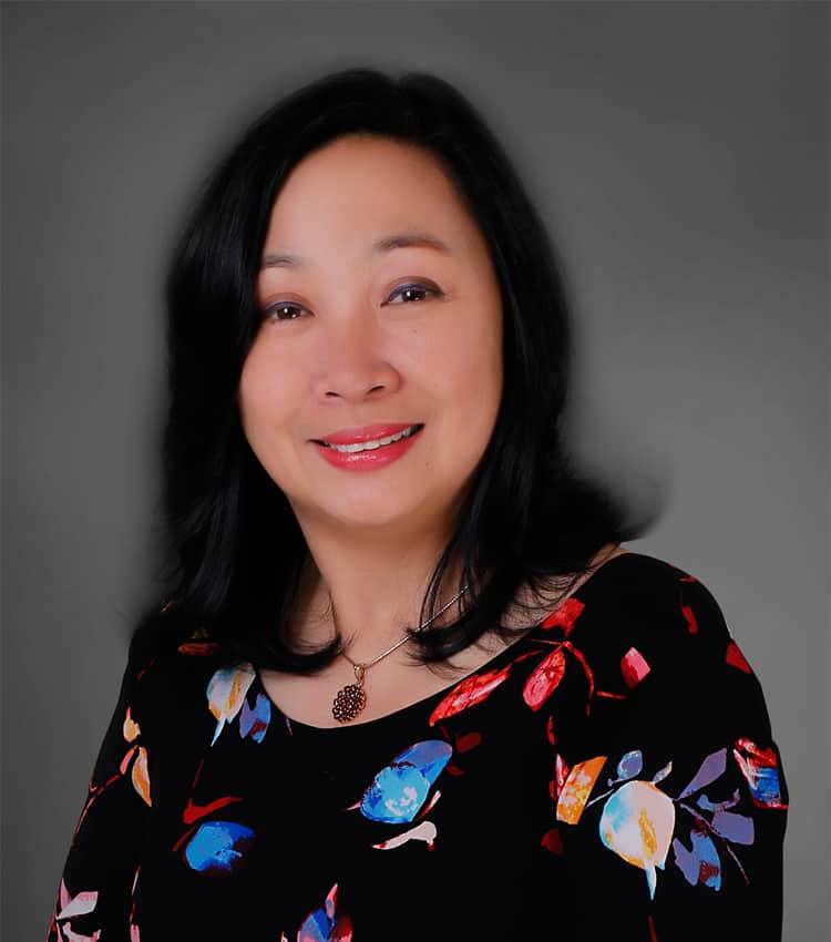 ורנה בואנוססו, האחראית על על פיתוח שווקים במשרד התיירות של הפיליפינים