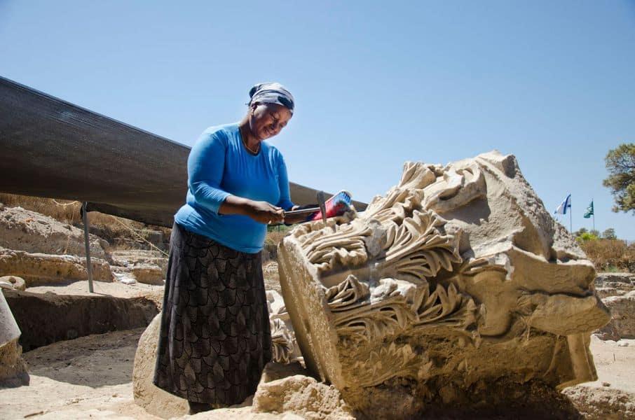 Excavación de la basílica en el Parque Nacional Tel Ashkelon.  Foto de Yuli Schwartz, Autoridad de Antigüedades de Israel