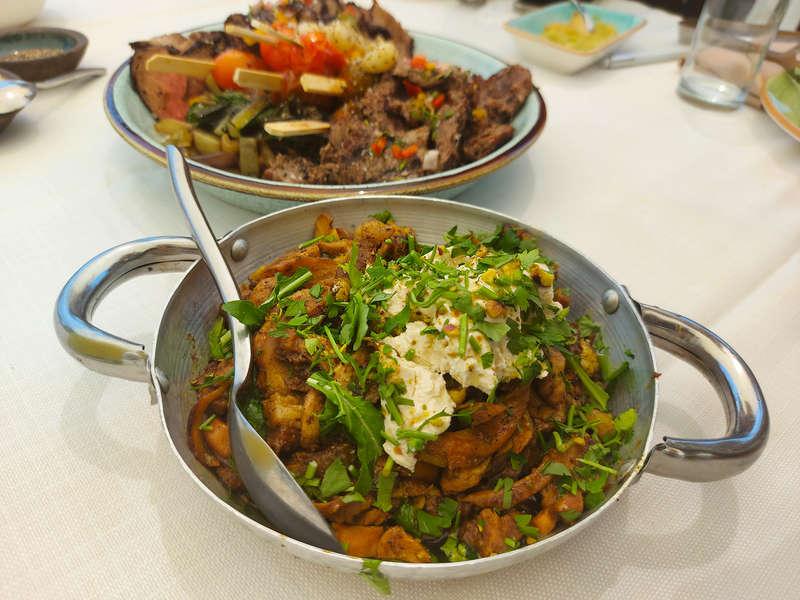 אלטמנים מבשלים חוויה. ארוחה נהדרת בטבע