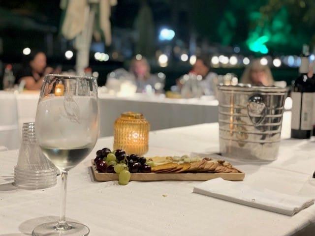 טעימת יינות של יקב תבור משולבת בסיפורים מרתקים על ענבים, כרמים ואקולוגיה