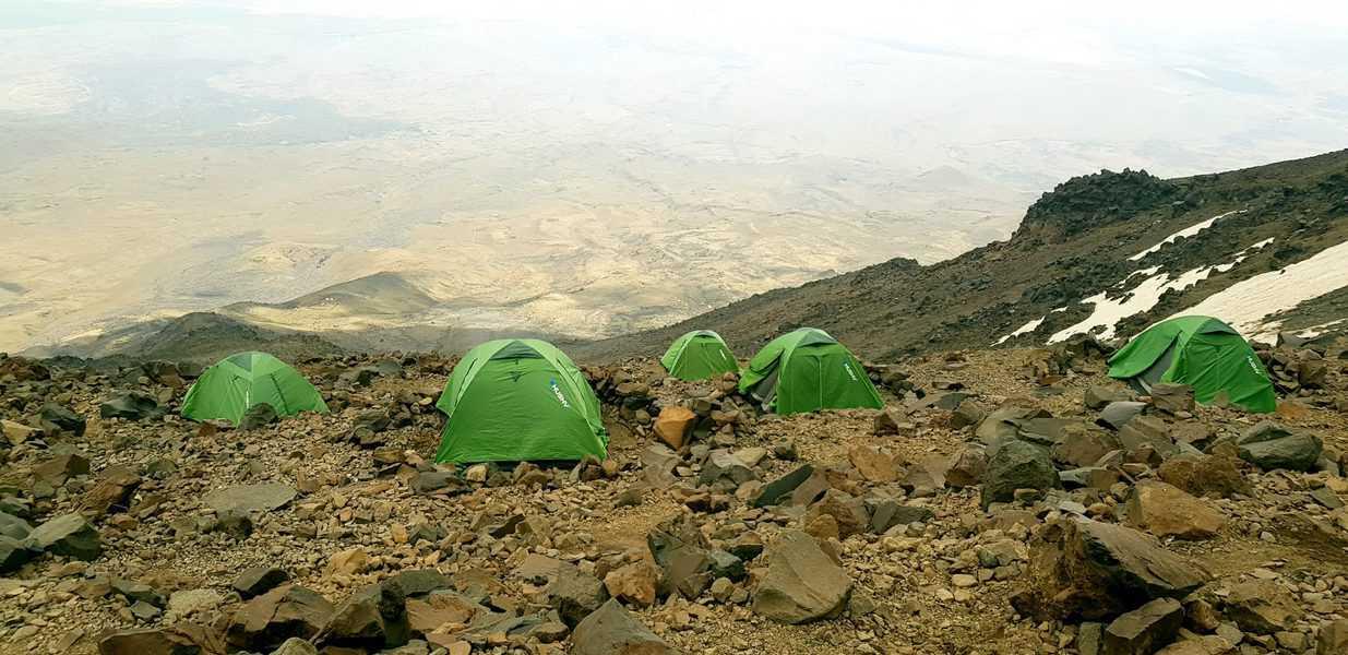 מחנה מספר 2